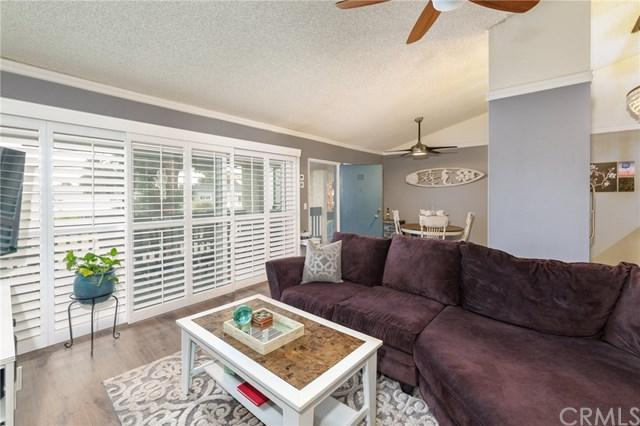 631 S Prospect Avenue #202, Redondo Beach, CA 90277 (#SB18246693) :: Go Gabby