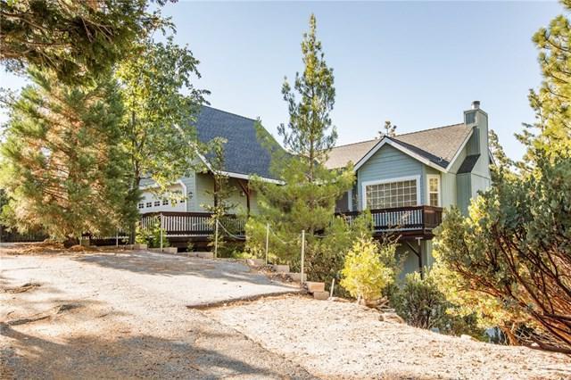 379 Pioneer Road, Lake Arrowhead, CA 92352 (#EV18248209) :: Millman Team