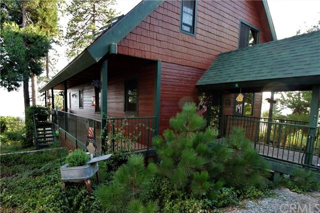 30 Park Drive, Running Springs Area, CA 92382 (#CV18248383) :: The Laffins Real Estate Team