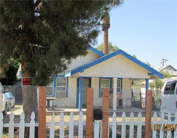 2703 Monterey, Bakersfield, CA 93306 (#PI18248636) :: The Laffins Real Estate Team
