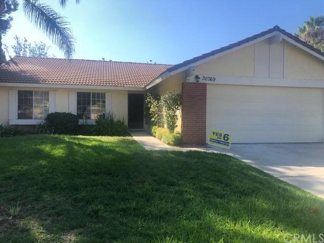 30769 Sky Terrace Drive, Temecula, CA 92592 (#TR18248972) :: Millman Team