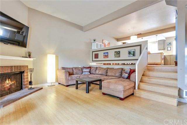 594 Wendy Lane, Costa Mesa, CA 92627 (#PW18249235) :: Mainstreet Realtors®