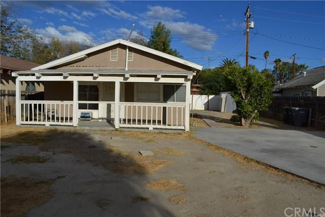 420 S Juanita Street, Hemet, CA 92543 (#SW18249314) :: The Laffins Real Estate Team