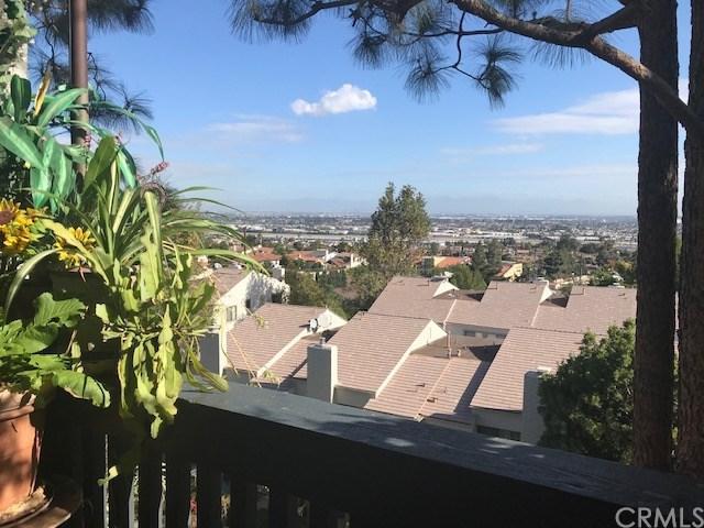 3605 W Hidden Lane #315, Rolling Hills Estates, CA 90274 (#SB18248927) :: Barnett Renderos