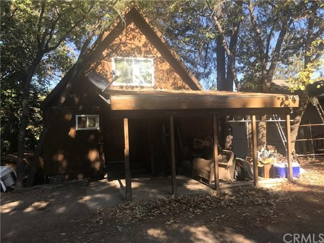 30770 Knoll View Drive, Running Springs Area, CA 92382 (#EV18249514) :: The Laffins Real Estate Team