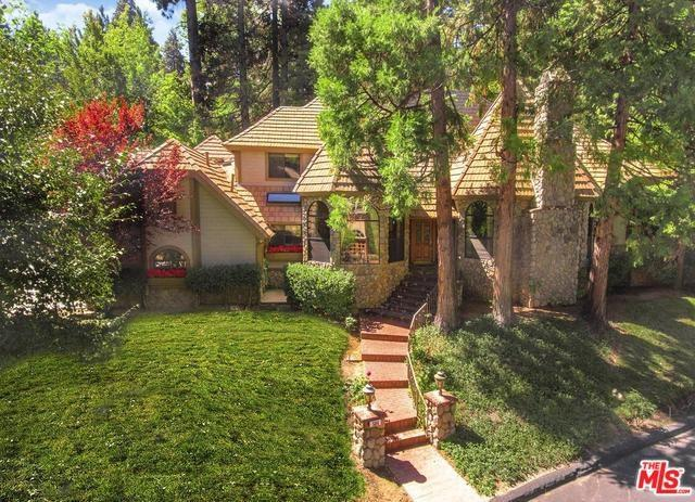 504 Meadow Bay Court, Lake Arrowhead, CA 92352 (#18396686) :: The Laffins Real Estate Team