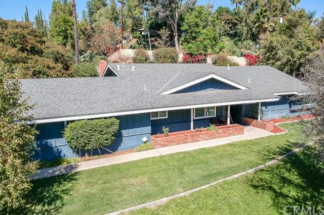 2401 Shadow Hill Drive, Riverside, CA 92506 (#IV18247918) :: Mainstreet Realtors®