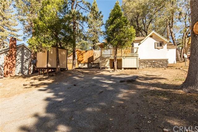 32817 Squirrel Lane, Arrowbear, CA 92382 (#EV18250052) :: The Laffins Real Estate Team