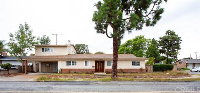 16631 Ross Ln, Huntington Beach, CA 92647 (#PW18247255) :: DSCVR Properties - Keller Williams