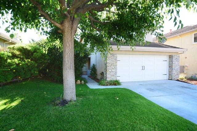 25669 Wisteria Court, Salinas, CA 93908 (#ML81727672) :: Fred Sed Group