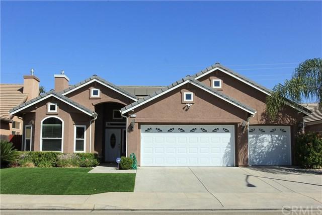 1176 E Carnoustie Avenue, Fresno, CA 93730 (#FR18250583) :: RE/MAX Parkside Real Estate