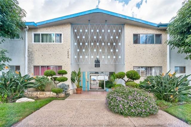 15549 S Budlong Place #8, Gardena, CA 90247 (#PW18250711) :: Keller Williams Realty, LA Harbor