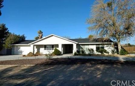 14065 Tawya Road, Apple Valley, CA 92307 (#CV18251111) :: The Laffins Real Estate Team