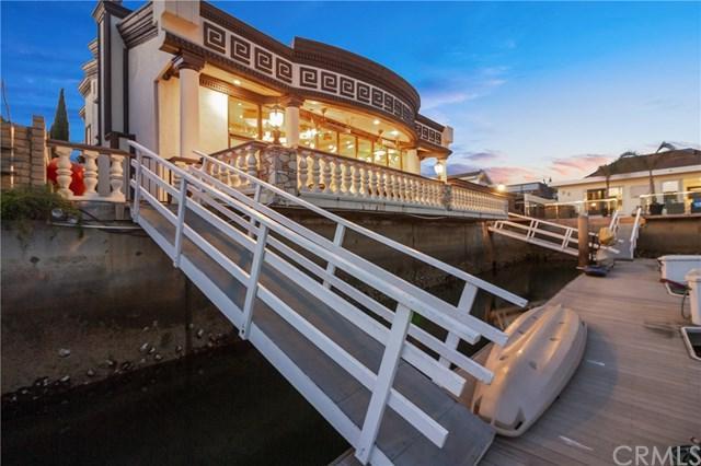 3792 Humboldt Drive, Huntington Beach, CA 92649 (#OC18250798) :: DSCVR Properties - Keller Williams