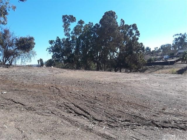 0 Pierce Avenue, Lake Elsinore, CA 92530 (#SW18251391) :: Group 46:10 Central Coast