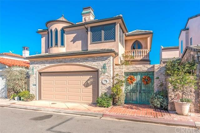 226 Via Graziana, Newport Beach, CA 92663 (#NP18249479) :: DSCVR Properties - Keller Williams