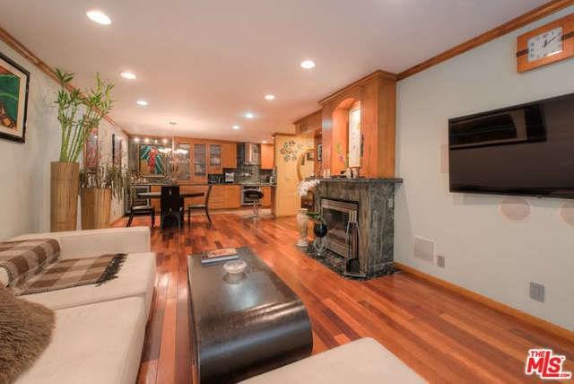 911 N Kings Road #201, West Hollywood, CA 90069 (#18397562) :: PLG Estates