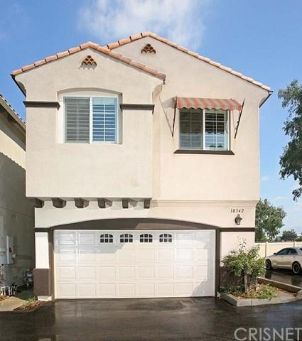 10342 Diamond Way, Pacoima, CA 91331 (#SR18244550) :: Mainstreet Realtors®