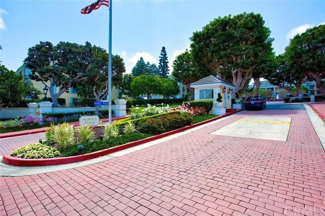 200 Mcneil Lane #3, Newport Beach, CA 92663 (#PW18252042) :: DSCVR Properties - Keller Williams