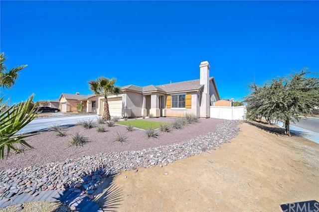 11860 Maywood Street, Adelanto, CA 92301 (#OC18252197) :: The Laffins Real Estate Team