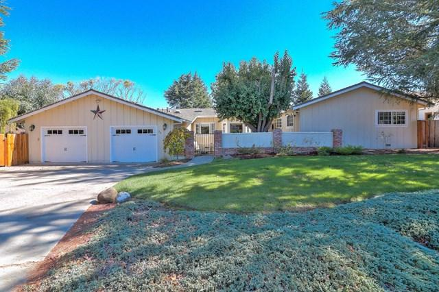 25 Rays Circle, Hollister, CA 95023 (#ML81727946) :: Fred Sed Group