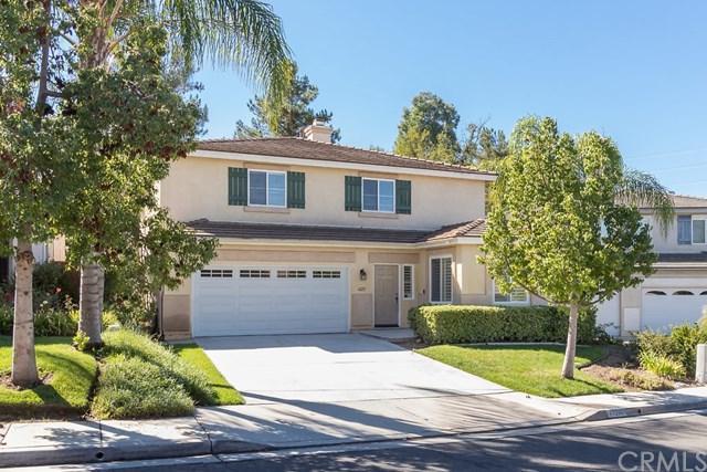 41211 Pine Tree Circle, Temecula, CA 92591 (#OC18252556) :: Millman Team