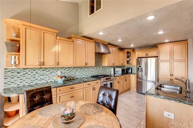 5987 Peacock Ridge Road #203, Rancho Palos Verdes, CA 90275 (#SB18251842) :: Millman Team
