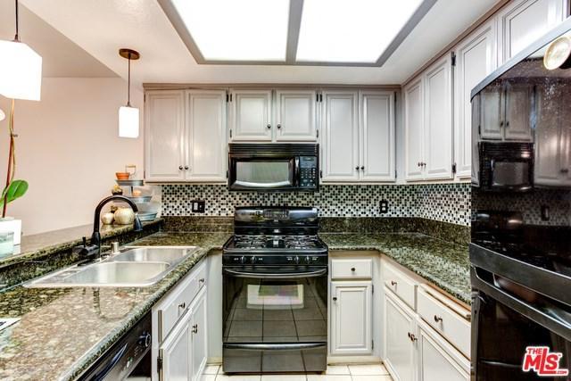 645 Chestnut Avenue #117, Long Beach, CA 90802 (#18397942) :: Keller Williams Realty, LA Harbor