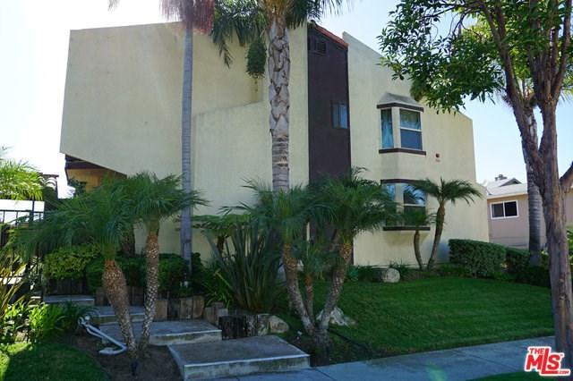 403 N Elena Avenue #5, Redondo Beach, CA 90277 (#18397874) :: Millman Team