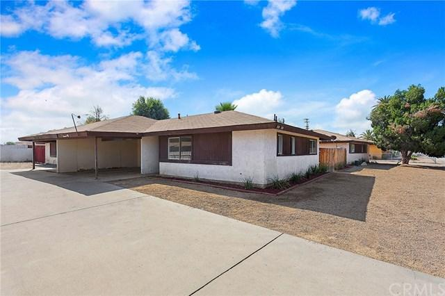 332 N Palm Avenue, Hemet, CA 92543 (#OC18253034) :: Zilver Realty Group