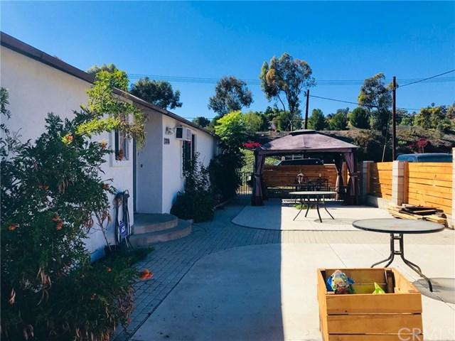 2215 Sweetwater Road, Spring Valley, CA 91977 (#SW18252174) :: Fred Sed Group