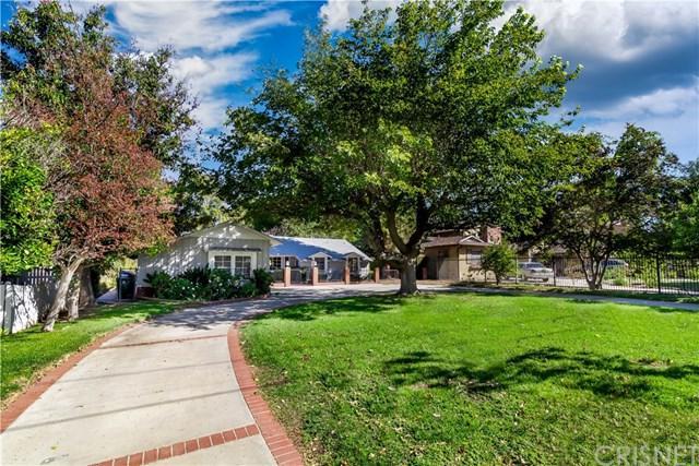 5906 Oakdale Avenue, Woodland Hills, CA 91367 (#SR18253266) :: Millman Team