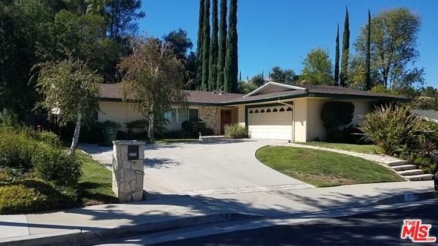 5773 Fairhaven Avenue, Woodland Hills, CA 91367 (#18398572) :: Millman Team