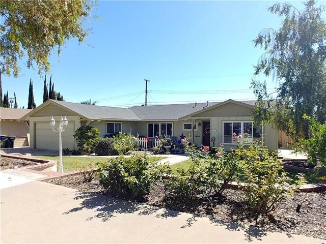 632 W 7th Street, Upland, CA 91786 (#CV18253998) :: Cal American Realty