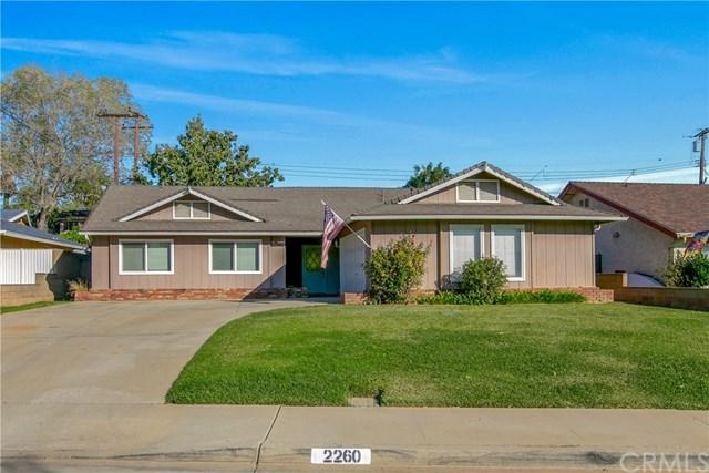 2260 Stratford Way, La Verne, CA 91750 (#CV18253257) :: RE/MAX Masters