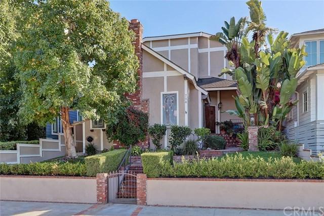 754 35th Street, Manhattan Beach, CA 90266 (#SB18254107) :: Barnett Renderos