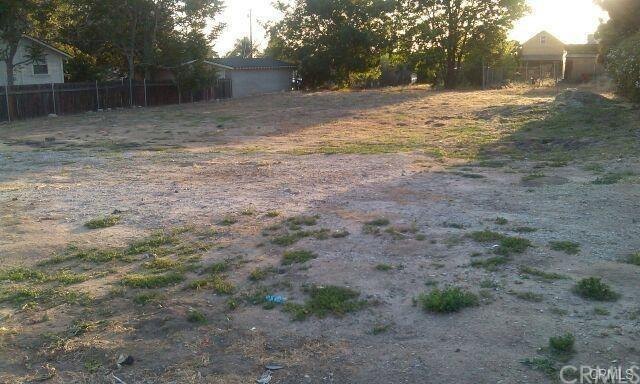 0 Orange Street, Highland, CA 92346 (#CV18249283) :: Millman Team