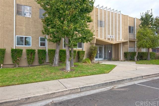1901 Peyton Avenue A, Burbank, CA 91504 (#SR18254609) :: Millman Team