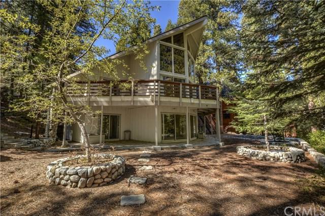463 Bel Air Drive, Lake Arrowhead, CA 92352 (#EV18254648) :: Angelique Koster