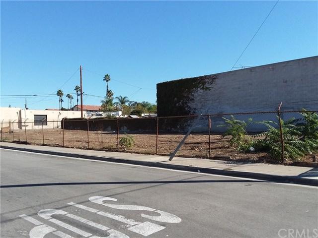 300 E. La Habra Boulevard, La Habra, CA 90631 (#OC18250272) :: Fred Sed Group