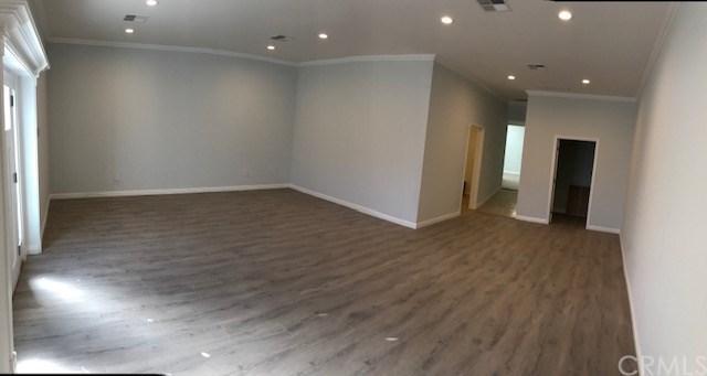 2019 N Lincoln Street, Burbank, CA 91504 (#BB18254233) :: Millman Team