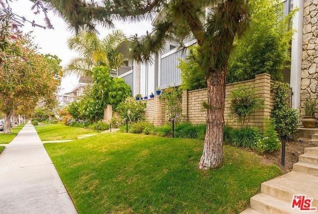 4812 La Villa Marina A, Marina Del Rey, CA 90292 (#18398962) :: Team Tami