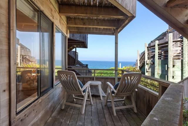 1 Surf Way #108, Monterey, CA 93940 (#ML81728408) :: Fred Sed Group