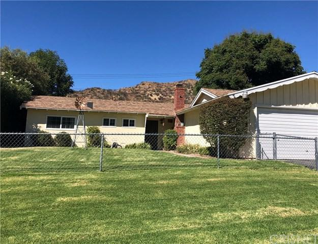 22451 Los Rogues Drive, Saugus, CA 91350 (#SR18254941) :: RE/MAX Empire Properties