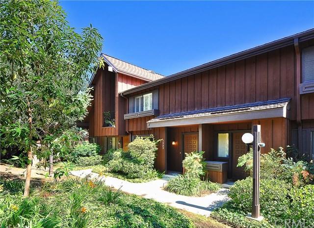 1325 Westmont Drive, San Pedro, CA 90732 (#PV18249952) :: Go Gabby