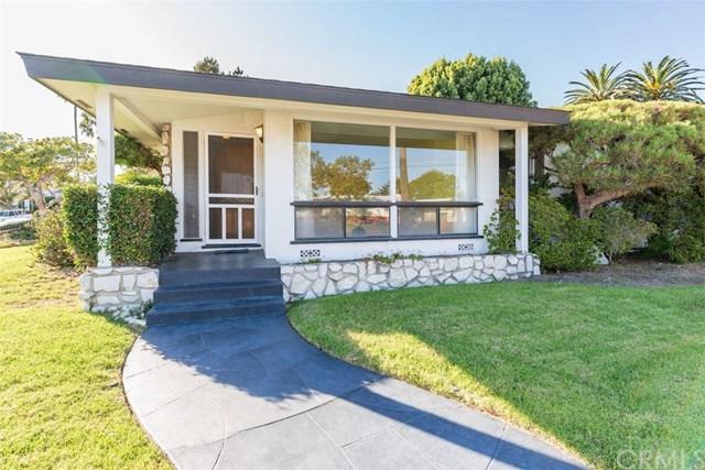 1326 S Helberta Avenue, Redondo Beach, CA 90277 (#SB18255037) :: Barnett Renderos