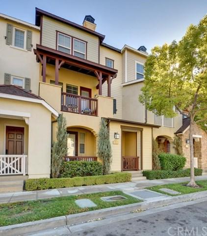 782 S Kroeger Street, Anaheim, CA 92805 (#PW18255028) :: The Darryl and JJ Jones Team