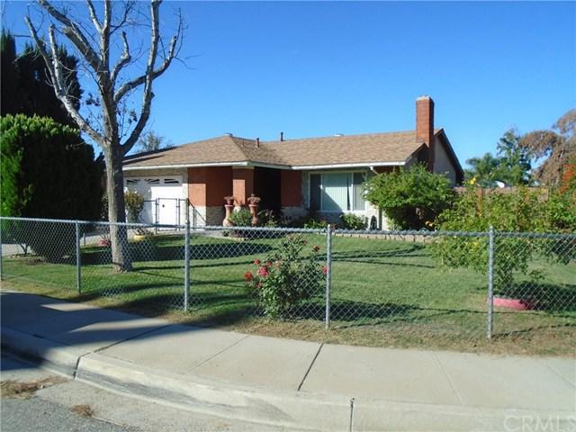 1894 Colwyn Avenue, Highland, CA 92346 (#IV18255261) :: Millman Team