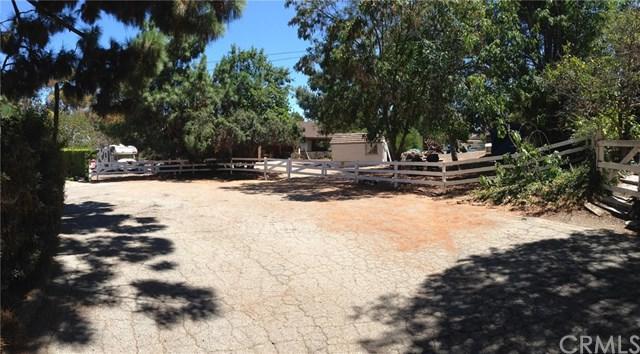6 Branding Iron Lane, Rolling Hills Estates, CA 90274 (#PV18255633) :: Barnett Renderos