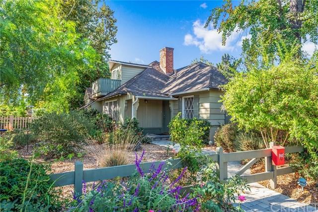 6557 Costello Avenue, Valley Glen, CA 91401 (#SR18255823) :: The Brad Korb Real Estate Group